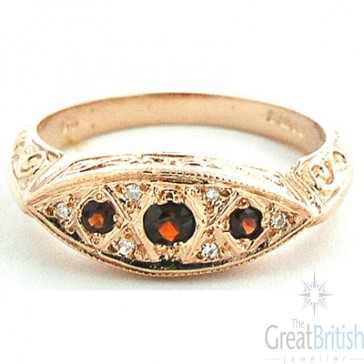 9ct Rose Gold Garnet & Diamond Ring