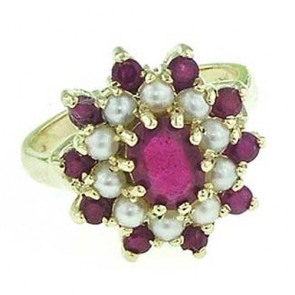 9ct Gold Large Ruby & Pearl Cluster Ring