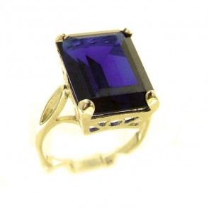 9ct Yellow Gold Large 16x12mm Octagon cut Synthetic Sapphire Ring