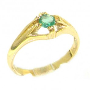 9ct Yellow Gold Ladies Solitaire Vibrant Emerald Ring